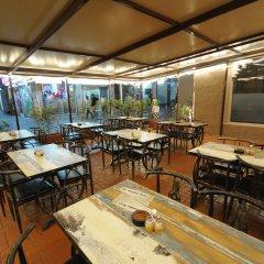 Отель Lumbini Dream Garden Guest House питание