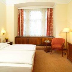 Hotel Stefanie 4* Стандартный номер с двуспальной кроватью фото 2