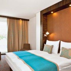 Отель Motel One Berlin-Hackescher Markt Германия, Берлин - отзывы, цены и фото номеров - забронировать отель Motel One Berlin-Hackescher Markt онлайн комната для гостей фото 4