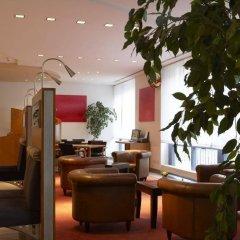 Отель IntercityHotel Nürnberg Германия, Нюрнберг - 2 отзыва об отеле, цены и фото номеров - забронировать отель IntercityHotel Nürnberg онлайн интерьер отеля фото 3