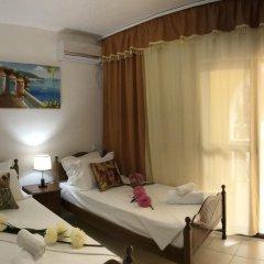 Отель Mali I Robit Голем комната для гостей фото 5