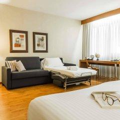 Отель Aparthotel Mariano Cubi Barcelona комната для гостей фото 2