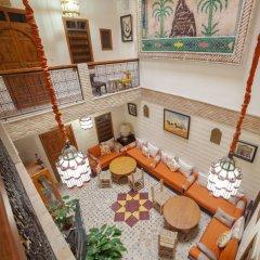 Отель Dar Ikalimo Marrakech интерьер отеля