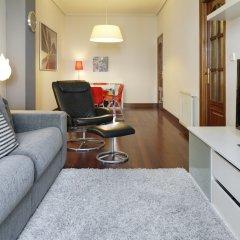 Апартаменты Marina Playa Apartment by FeelFree комната для гостей фото 4