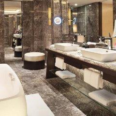 Отель Siam Kempinski Hotel Bangkok Таиланд, Бангкок - 1 отзыв об отеле, цены и фото номеров - забронировать отель Siam Kempinski Hotel Bangkok онлайн ванная фото 2