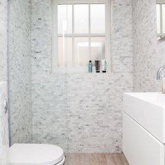 Отель Stylish 2 Bedroom Garden Apartment in Notting Hill Великобритания, Лондон - отзывы, цены и фото номеров - забронировать отель Stylish 2 Bedroom Garden Apartment in Notting Hill онлайн ванная