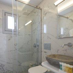 Отель Tramonto Private Villa Греция, Остров Санторини - отзывы, цены и фото номеров - забронировать отель Tramonto Private Villa онлайн ванная