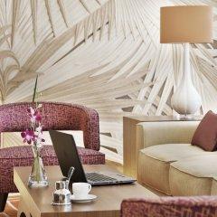 Отель Courtyard by Marriott Riyadh Olaya комната для гостей фото 4