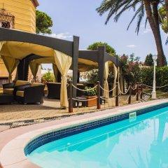 Romantik Hotel Villa Pagoda бассейн