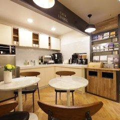 Отель CASA Myeongdong Guesthouse Южная Корея, Сеул - отзывы, цены и фото номеров - забронировать отель CASA Myeongdong Guesthouse онлайн питание
