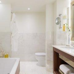 Отель Corinthia Hotel Lisbon Португалия, Лиссабон - 2 отзыва об отеле, цены и фото номеров - забронировать отель Corinthia Hotel Lisbon онлайн ванная фото 2
