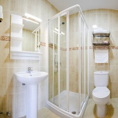 Отель Arce Baiona Испания, Байона - отзывы, цены и фото номеров - забронировать отель Arce Baiona онлайн ванная