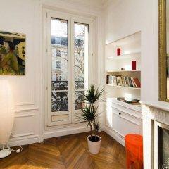 Отель BP Apartments - Le Marais area Франция, Париж - отзывы, цены и фото номеров - забронировать отель BP Apartments - Le Marais area онлайн удобства в номере