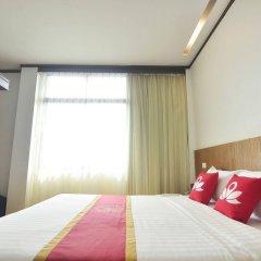 Отель ZEN Rooms Basic Chinatown Bangkok Таиланд, Бангкок - отзывы, цены и фото номеров - забронировать отель ZEN Rooms Basic Chinatown Bangkok онлайн комната для гостей фото 4