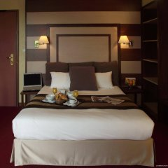 Отель Best Western Hotel de Paris Франция, Лаваль - отзывы, цены и фото номеров - забронировать отель Best Western Hotel de Paris онлайн в номере фото 2