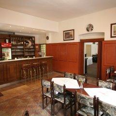 Отель Anette гостиничный бар