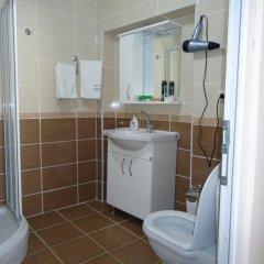 La Fontaine Guzelyali Hotel Турция, Армутлу - отзывы, цены и фото номеров - забронировать отель La Fontaine Guzelyali Hotel онлайн ванная