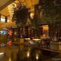 Отель Conrad Centennial Singapore Сингапур, Сингапур - 1 отзыв об отеле, цены и фото номеров - забронировать отель Conrad Centennial Singapore онлайн бассейн