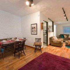 Отель NY072 2 Bedroom Apartment By Senstay США, Нью-Йорк - отзывы, цены и фото номеров - забронировать отель NY072 2 Bedroom Apartment By Senstay онлайн комната для гостей фото 3