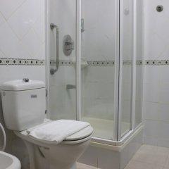 Отель Al Seef Hotel ОАЭ, Шарджа - 3 отзыва об отеле, цены и фото номеров - забронировать отель Al Seef Hotel онлайн ванная фото 3