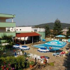 Hotel Seasons Боженци бассейн