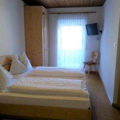 Отель Gasthof zur Sonne Силандро сейф в номере