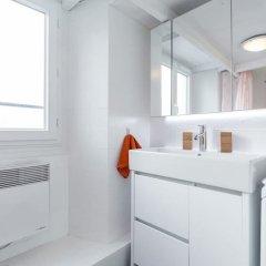 Отель Nicelidays - Le Suède Франция, Ницца - отзывы, цены и фото номеров - забронировать отель Nicelidays - Le Suède онлайн ванная фото 2