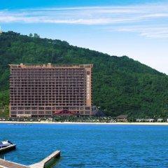 Отель Grand Metropark Bay Hotel Sanya Китай, Санья - отзывы, цены и фото номеров - забронировать отель Grand Metropark Bay Hotel Sanya онлайн пляж фото 2