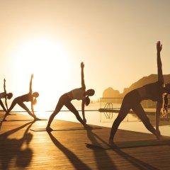 Отель Breathless Cabo San Lucas - Adults Only фитнесс-зал