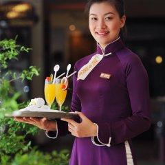 Отель Saigon Morin Вьетнам, Хюэ - отзывы, цены и фото номеров - забронировать отель Saigon Morin онлайн гостиничный бар