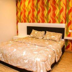 Апартаменты Sixty Six Pattaya Beach Road Apartment Паттайя комната для гостей фото 5