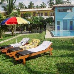 Отель Larns Villa бассейн фото 3