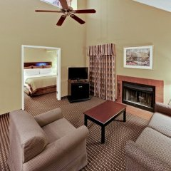 Отель Hawthorn Suites by Wyndham Columbus North США, Колумбус - отзывы, цены и фото номеров - забронировать отель Hawthorn Suites by Wyndham Columbus North онлайн комната для гостей фото 5