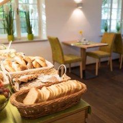 Отель Doktorschlössl Австрия, Зальцбург - отзывы, цены и фото номеров - забронировать отель Doktorschlössl онлайн питание