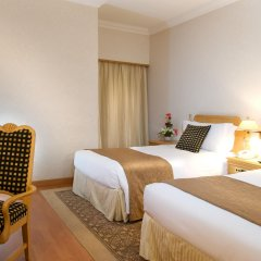 Отель Crowne Plaza Dubai комната для гостей фото 5