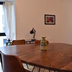 Апартаменты Charming Apartment in Gambetta, Ménilmontant Париж в номере
