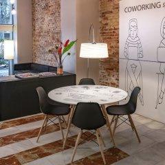 Отель SERHS Carlit Испания, Барселона - 4 отзыва об отеле, цены и фото номеров - забронировать отель SERHS Carlit онлайн в номере