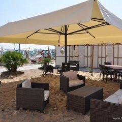 Отель Mocambo Италия, Риччоне - отзывы, цены и фото номеров - забронировать отель Mocambo онлайн бассейн фото 3