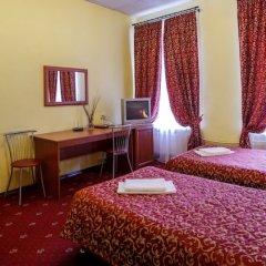 Мини-отель АЛЬТБУРГ на Литейном комната для гостей фото 6