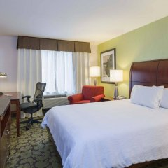 Отель Hilton Garden Inn Queens/JFK Airport США, Нью-Йорк - 1 отзыв об отеле, цены и фото номеров - забронировать отель Hilton Garden Inn Queens/JFK Airport онлайн комната для гостей фото 2