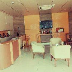 Отель Chawamit Residence Bangkok Бангкок интерьер отеля