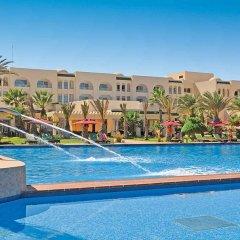 Отель Hasdrubal Thalassa & Spa Djerba Тунис, Мидун - 1 отзыв об отеле, цены и фото номеров - забронировать отель Hasdrubal Thalassa & Spa Djerba онлайн бассейн