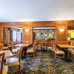 Отель Clarion Inn and Summit Center питание