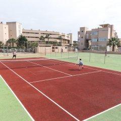 Отель Aparthotel Tropic Garden Испания, Санта-Эулалия-дель-Рио - отзывы, цены и фото номеров - забронировать отель Aparthotel Tropic Garden онлайн спортивное сооружение