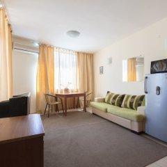 Апартаменты Two Bedroom Apartment with Kitchen комната для гостей фото 5