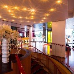 Отель Hôtel Charlemagne Франция, Лион - 1 отзыв об отеле, цены и фото номеров - забронировать отель Hôtel Charlemagne онлайн интерьер отеля фото 3
