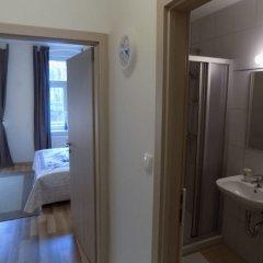 Отель Karlsbad Apartments Чехия, Карловы Вары - отзывы, цены и фото номеров - забронировать отель Karlsbad Apartments онлайн ванная
