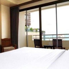 Отель Sunshine Hotel And Residences Таиланд, Паттайя - 7 отзывов об отеле, цены и фото номеров - забронировать отель Sunshine Hotel And Residences онлайн балкон