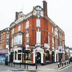 Отель Beaconsfield Hotel Великобритания, Лондон - отзывы, цены и фото номеров - забронировать отель Beaconsfield Hotel онлайн вид на фасад фото 2