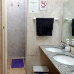 Отель San Marius Muntaner - Hostel Испания, Барселона - отзывы, цены и фото номеров - забронировать отель San Marius Muntaner - Hostel онлайн ванная